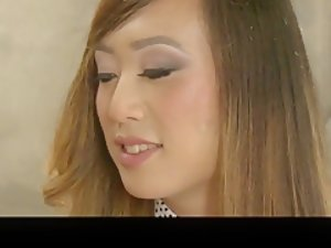 Thick Amazon PAWG MILF vs Asian Shemale (TGirl on Girl)