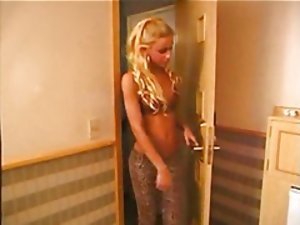 Posh Slutty ladyboy nailing dude in a hotel room